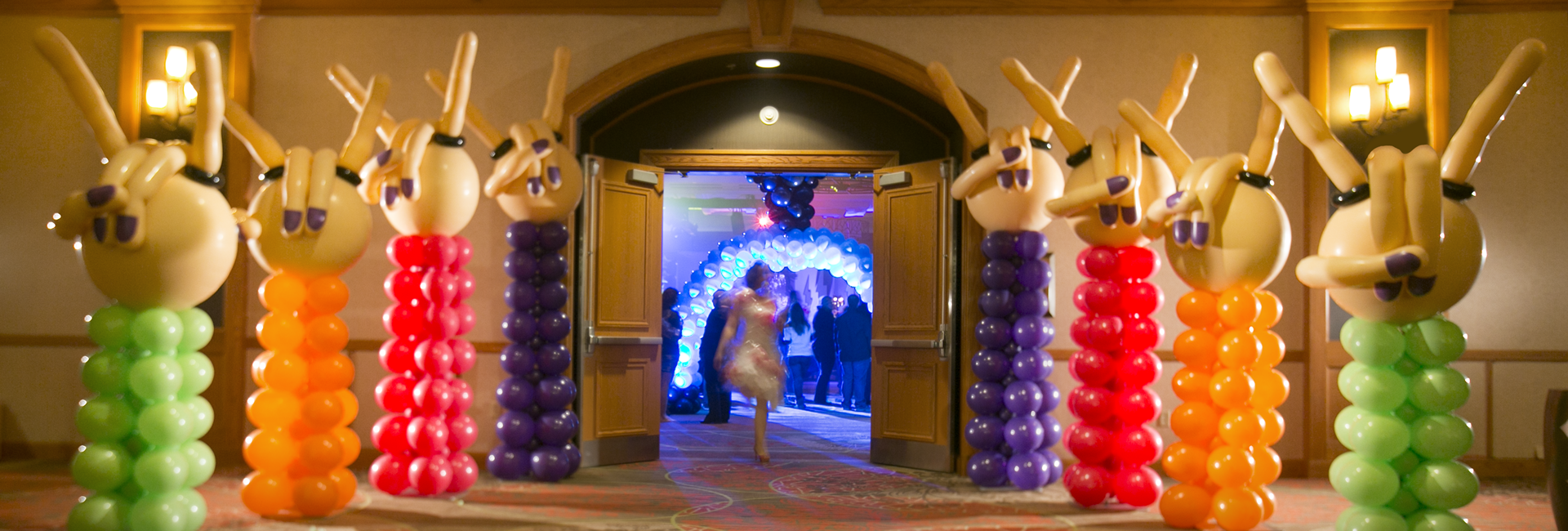 Pacha Balloon Creations, Vaughan, Ont, Canada, Event Balloon Decorating Experts